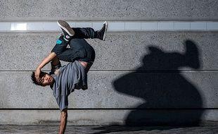 Dans son petit village d'Ardèche, Willy s'est pris de passion pour le breakdance jusqu'à arriver au plus haut niveau.