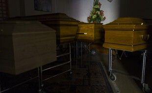Des cercueils à Mulhouse, le 5 avril 2020, pendant le confinement. (illustration)