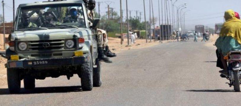 28 militaires nigériens ont été tués dans une attaque menée par des « terroristes lourdement armés » selon leministère nigérien de la Défense.