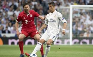 Ronaldo au duel avec l'ancien madrilène Xabi Alonso.