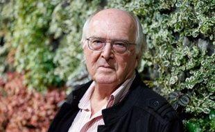 """""""Il était une forêt"""", en salles mercredi, montre la forêt tropicale """"comme on ne l'a jamais filmée"""", se réjouit le botaniste Francis Hallé, qui parcourt la planète depuis 50 ans pour étudier ce monde luxuriant mais menacé."""