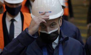Emmanuel Macron à l'usine Framatome, au Creusot, le 8 décembre 2020.