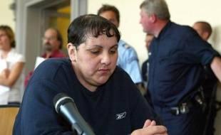 Myriam Badaoui, condamnée à 15 ans de détention en 2004 pour viols d'enfants dans l'affaire de pédophilie d'Outreau et détenue depuis 2001, a été libérée en septembre de la prison de femmes de Rennes, a-t-on appris lundi de source proche du dossier, confirmant une information du Point.