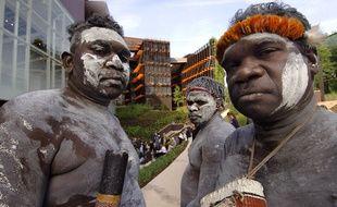 Des danseurs aborigènes lors de l'inauguration du musée du Quai Branly, en 2006, à Paris.