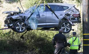 La voiture de Tiger Woods après l'accident du 23 février 2021 dans la banlieue de Los Angeles.