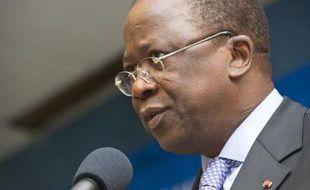 Le Premier ministre ivoirien, Jeannot Kouadio Ahoussou, a reçu vendredi les dirigeants du parti de l'ex-président Laurent Gbagbo, le Front populaire ivoirien (FPI), pour relancer le processus de réconciliation après un récent regain de tensions.
