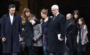La famille de Kate Barry à ses funérailles