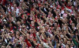 Paris, le 14 mai 2011. Finale de la Coupe de France de football opposant le Lille OSC (LOSC, L1) au Paris SG (PSG, L1) au Stade de France. Ici la joie des supporters  lillois aprs la victoire de leur Žquipe.