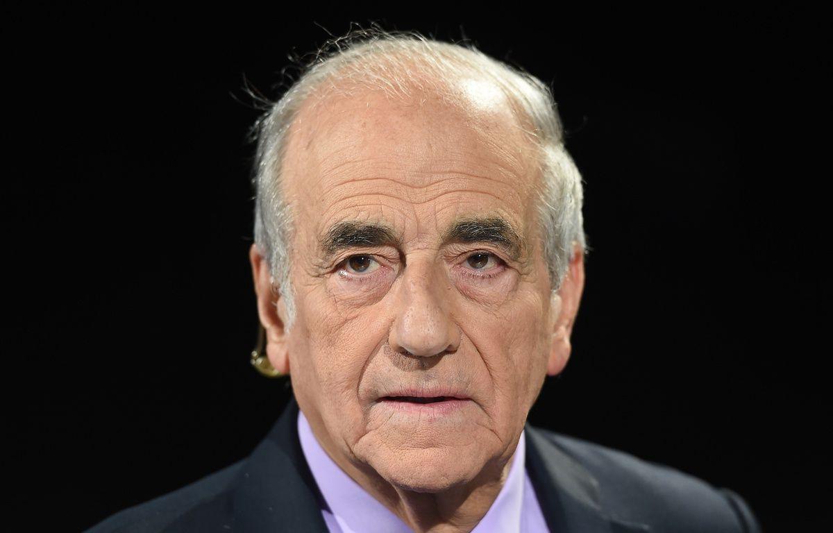 Le journaliste Jean-Pierre Elkabbach, en octobre 2015. – BORIS HORVAT / AFP