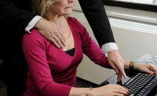 Illustration d'une agression sexuelle au travail