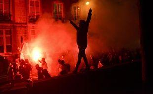 """Lors de la manifestation nocturne contre la loi """"sécurité globale"""" le 27 novembre à Nantes"""