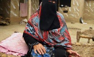 Badam Zari, une Pakistanaise analphabète, a tourné cette semaine une page de l'histoire de son pays en devenant la première femme candidate aux élections dans les zones tribales, une région conservatrice où le simple fait de voter tient encore du combat pour nombre de ses consoeurs.
