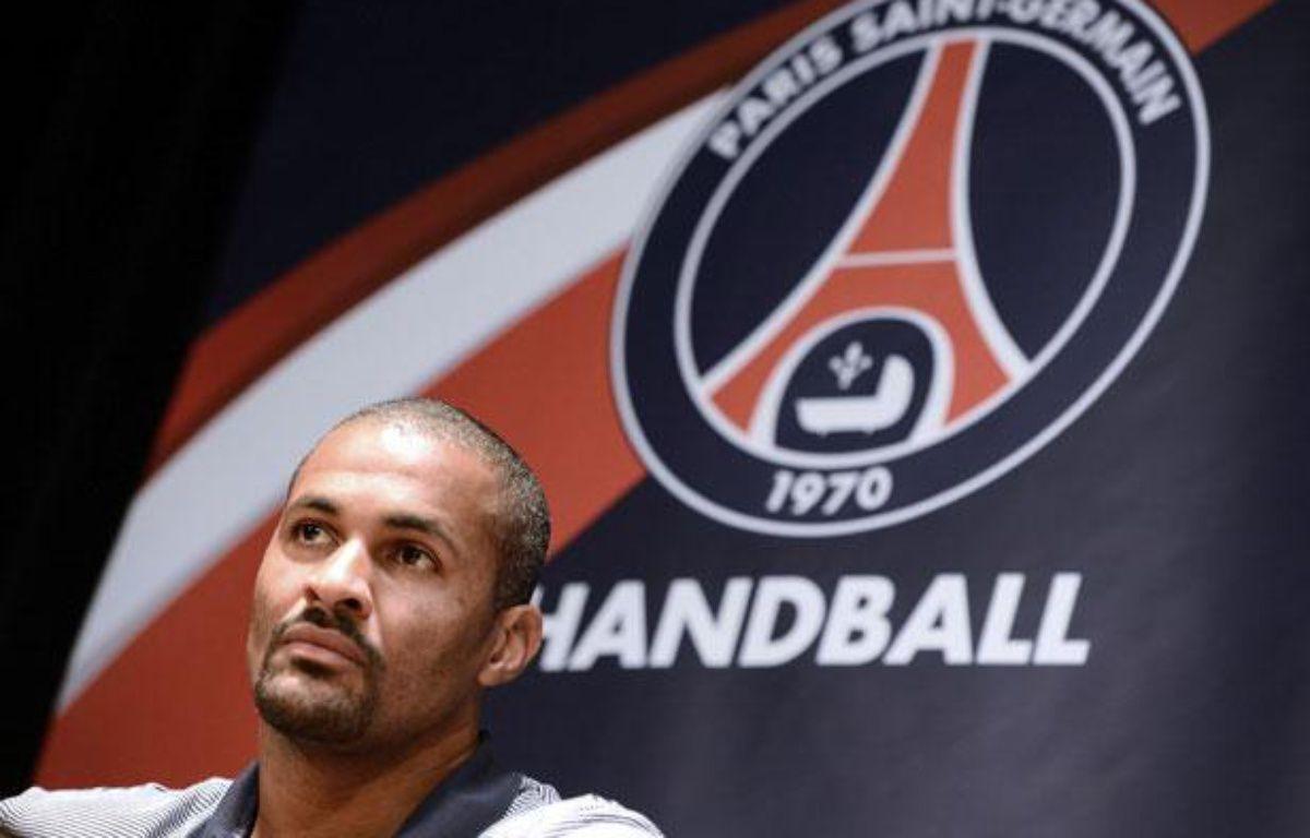 Didier Dinart lors de la présentation du Paris handball, le 11 septembre 2012 à Paris. – F.FIFFE/AFP