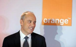 Le PDG de France Télécom/Orange Stéphane Richard assure que le contrat, vivement critiqué par ses concurrents, permettant au nouvel opérateur mobile Free d'utiliser le réseau de son groupe pour acheminer ses appels vers ses clients rapportera plus d'un milliard d'euros.