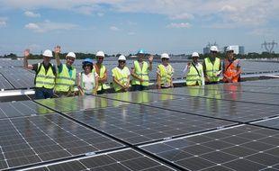 Panneaux photovoltaïques sur le toit du MIN de Nantes.