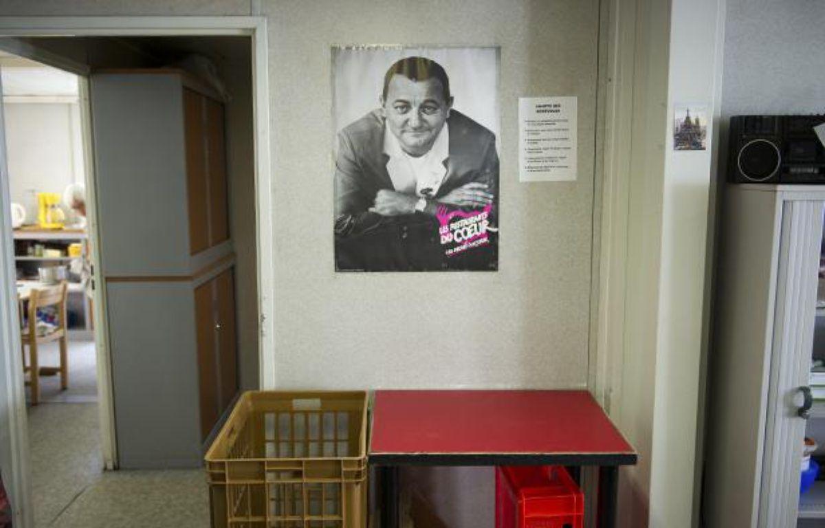 Le portrait de Coluche dans les locaux des Restos du Coeur à Paris. – A. GELEBART / 20 MINUTES