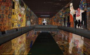 Exemple de mise en lumière de la base sous marine avec des oeuvres de Gustav Klimt.