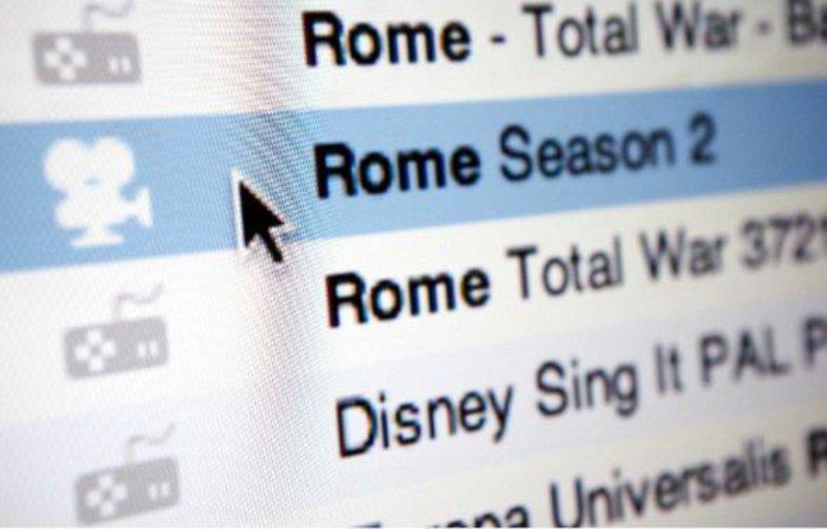 Un internaute utilise un client bittorrent pour télécharger illégalement des séries télé. – SIPA/A.WILLIAM
