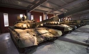 Des tanks russes de modèle T-90S exposés au musée de izhniy Tagil (Russie), le 29 mai 2015.