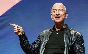 Le patron d'Amazon Jeff Bezos veut coloniser la Lune.