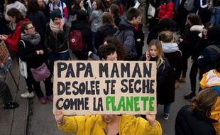 De nouvelles journées de mobilisations climatiques sont prévues, en France et dans le monde, ces vendredi et samedi.
