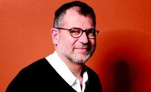 Portrait de Martin Winckler, écrivain et ancien médecin, auteur de «Les Brutes en Blanc».