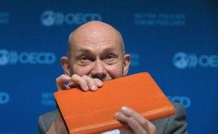 L'OCDE et l'OMC ont publié mercredi de nouvelles statistiques qui prennent mieux en compte la réalité de la mondialisation dans le commerce international, révélant notamment un poids plus important des services.