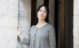 Elsa Marpeau, romancière, scénariste et créatrice de séries à succès
