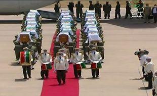 Captation par la chaîne TV Algerie 3 de la cérémonie officielle de réception des restes de 24 résistants algériens décapités lors de la conquête coloniale française du pays d'Afrique du Nord.
