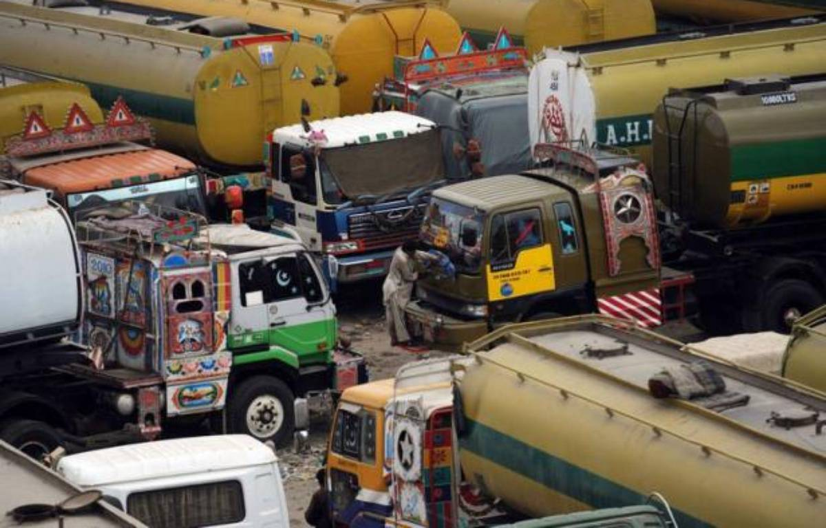 Le Pakistan a rouvert mardi ses routes de ravitaillement de l'Otan vers l'Afghanistan, après sept mois de blocage, grâce à un accord scellé avec les Etats-Unis qui vont débloquer 1,1 milliard de dollars pour l'armée pakistanaise. – Rizwan Tabassum afp.com
