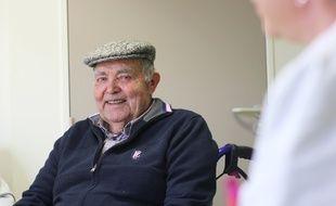 Joseph Legoff est l'un des plus anciens greffés de France. Il a été transplanté d'un rein en 1974 au CHU de Rennes.