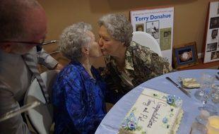 Extrait de A Secret love, un documentaire de Netflix sur un couple de lesbiennes âgées.