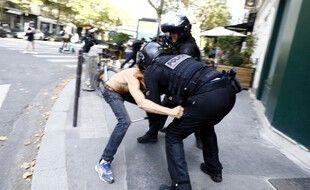 A Paris, 21 personnes ont été placées en garde à vue, a indiqué le parquet