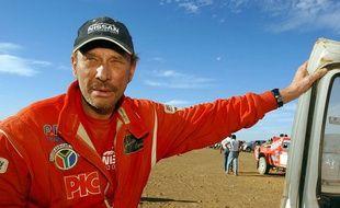 Johnny Halliday sur le Dakar en 2002.