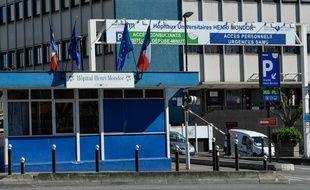 L'entrée de l'hôpital Henri Mondor à Créteil, le 30 mars 2020.