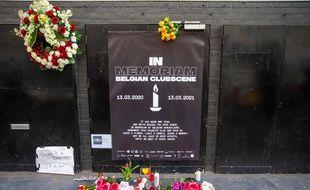 Un an après le début de la pandémie, les boites de nuit, comme ici en Belgique, n'ont toujours pas rouvert leurs portes