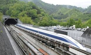Un prototype de Maglev, train à suspension électromagnétique, à Tsuru (Japon), en 2011.