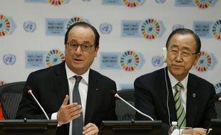 Le président François Hollande a été le premier chef d'Etat à signer l'accord sur le climat.