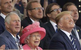Le prince Charles, la reine Elisabeth II et Donald Trump, lors de la commémoration du 75e anniversaire du D-Day.