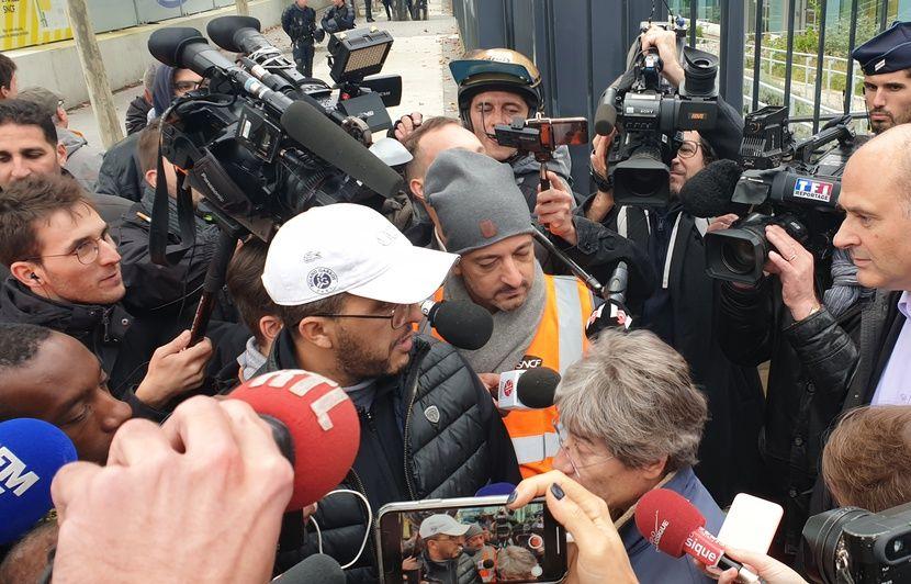 « Nous aussi, ça nous fout les boules » : Faute de rendez-vous avec leur direction, les cheminots de Châtillon continuent la grève