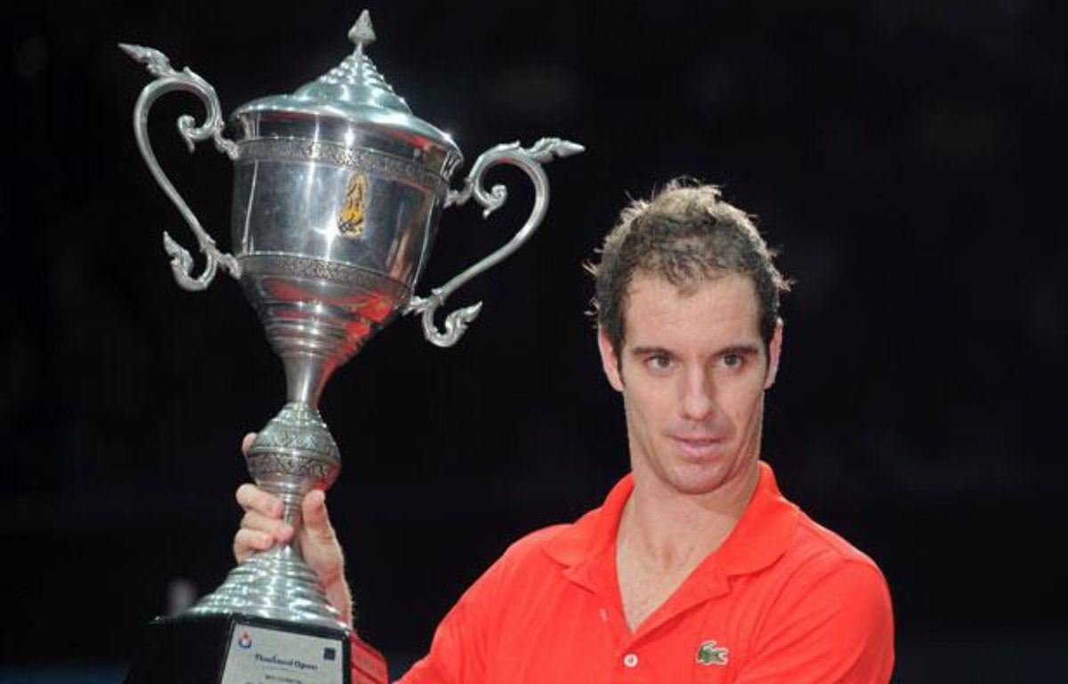 Richard Gasquet remporte l'Open de Thaïlande face à Gilles Simon, le 30 septembre 2012 à Bangkok. – PORNCHAI KITTIWONGSAKUL / AFP