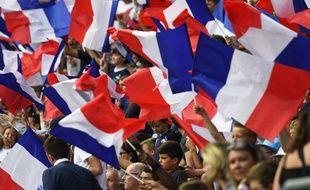 Les supporters de l'équipe de France de football lors du match contre le Paraguay à Rennes, le 2 juin 2017.