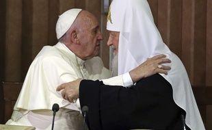 Le pape François et le patriarche orthodoxe russe Kirill à Cuba, le 12 février 2016.