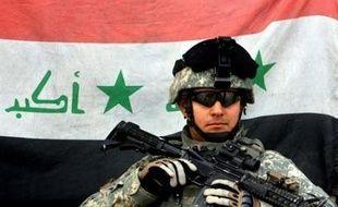 La guerre, dont les Américains marquent mercredi le cinquième anniversaire avec un jour d'avance, a tué des dizaines de milliers d'Irakiens et près de 4.000 Américains.