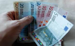 Illustration de billets de banque.
