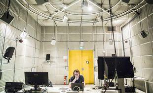 Le dôme ambisonique dans le studio 1 de l'Ircam. Illustration