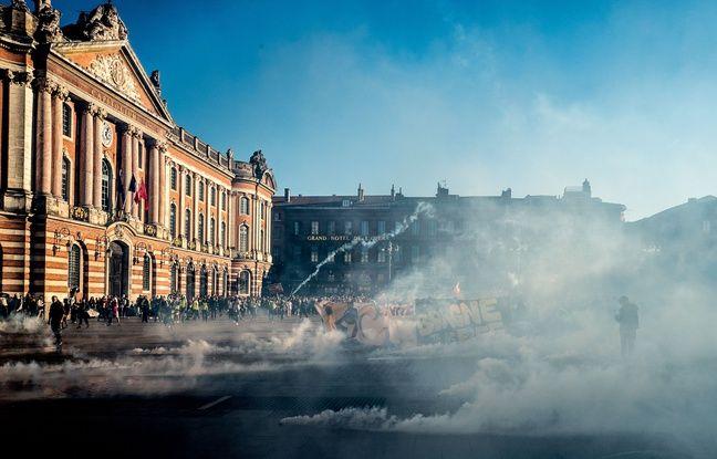 «Gilets jaunes» à Toulouse: Samedi, il sera interdit de manifester sur la place du Capitole