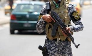 Des hommes armés ont abattu mercredi douze personnes, sept femmes et cinq hommes, dans une maison close de l'est de Bagdad, a-t-on appris auprès de sources médicales et sécuritaires.