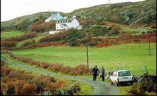 Plus de quinze ans après le meurtre en Irlande de la Française Sophie Toscan du Plantier, le principal suspect dans l'affaire joue à partir de lundi devant la Cour suprême de Dublin sa dernière carte dans son combat contre une extradition vers la France.