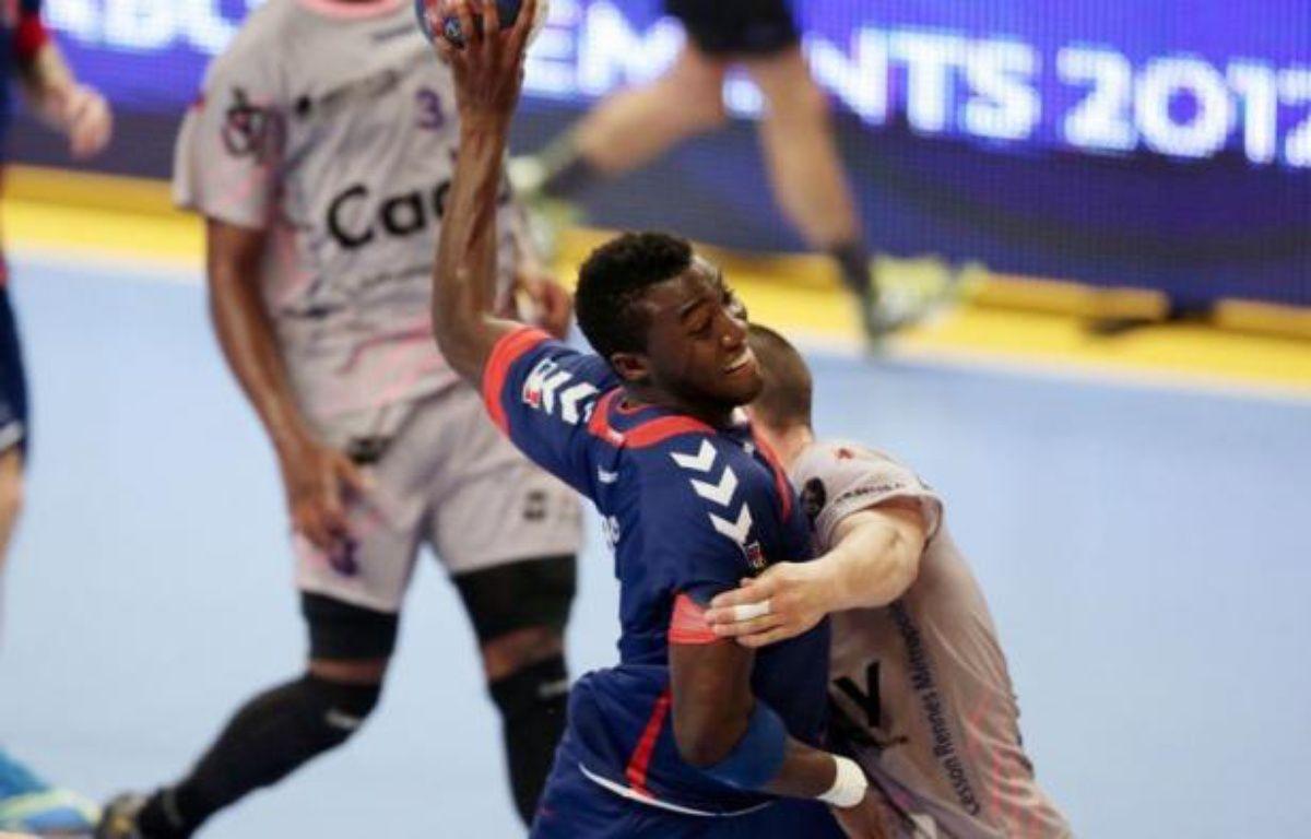 Pour sa première sortie officielle dans sa configuration étoilée, le PSG Handball s'est imposé 34-23 face à Cesson dans une ambiance de football très inhabituelle, vendredi à Coubertin – Kenzo Tribouillard afp.com